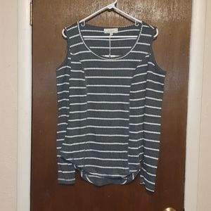 No comment ribbed off the shoulder long sleeve tee